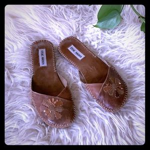 steve madden leather slippers with sequins, size 6